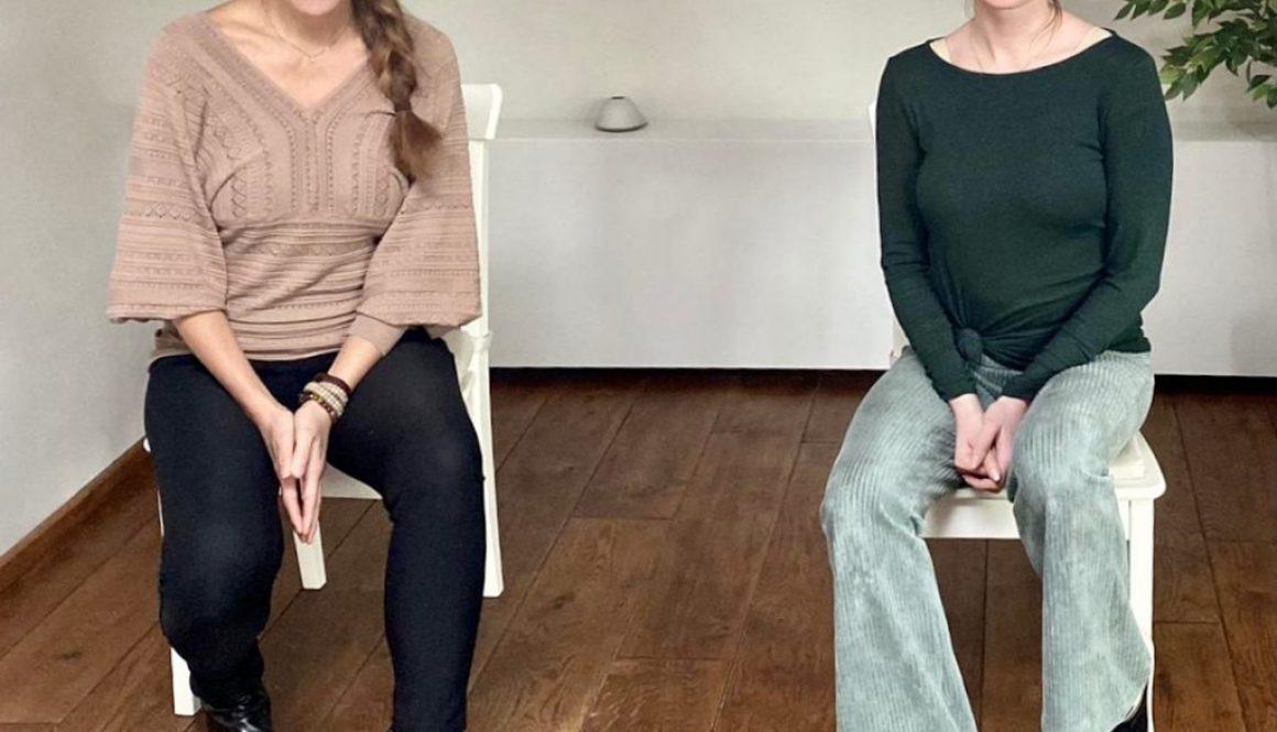 Stoelyoga TriYoga Annelies Bakker en Paula Jap Tjong